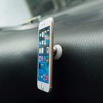 Univerzální držák na mobilní telefon do auta nebo kvalitní selfie tyč s tlačítkem